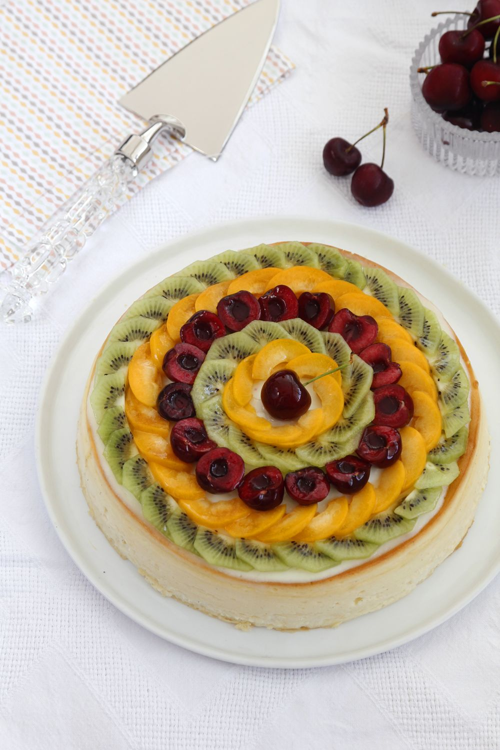 Gluten Free Cheesecake with Fruits
