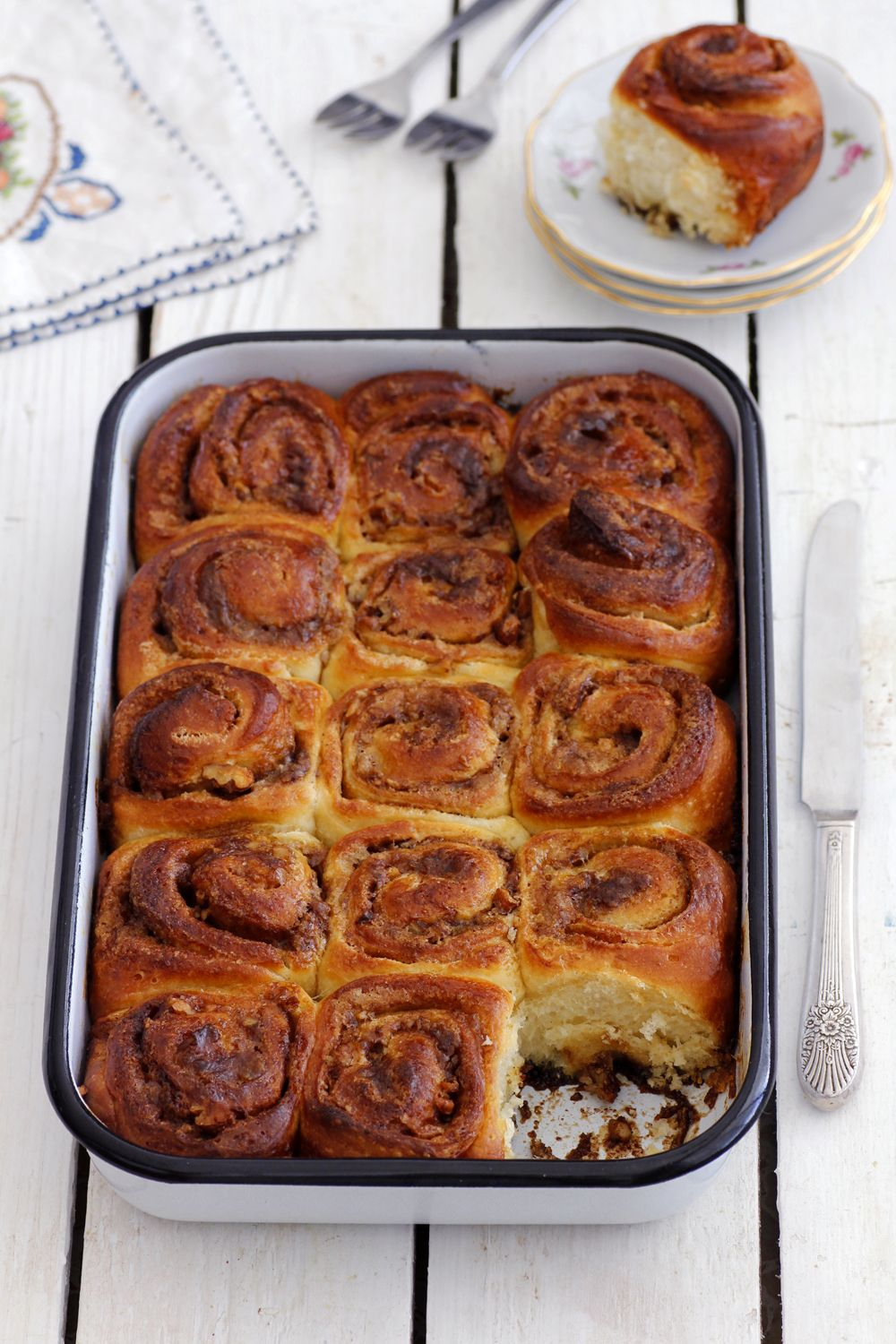 Cinnamon Rolls with Maple and Pecans