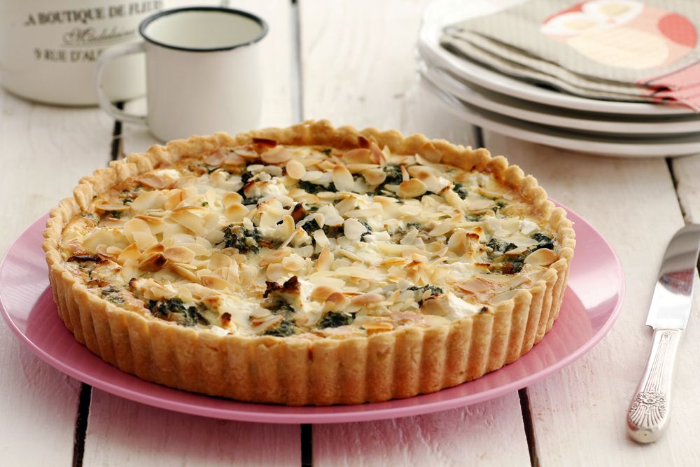 Spinach Quiche with Feta Cheese and Almond