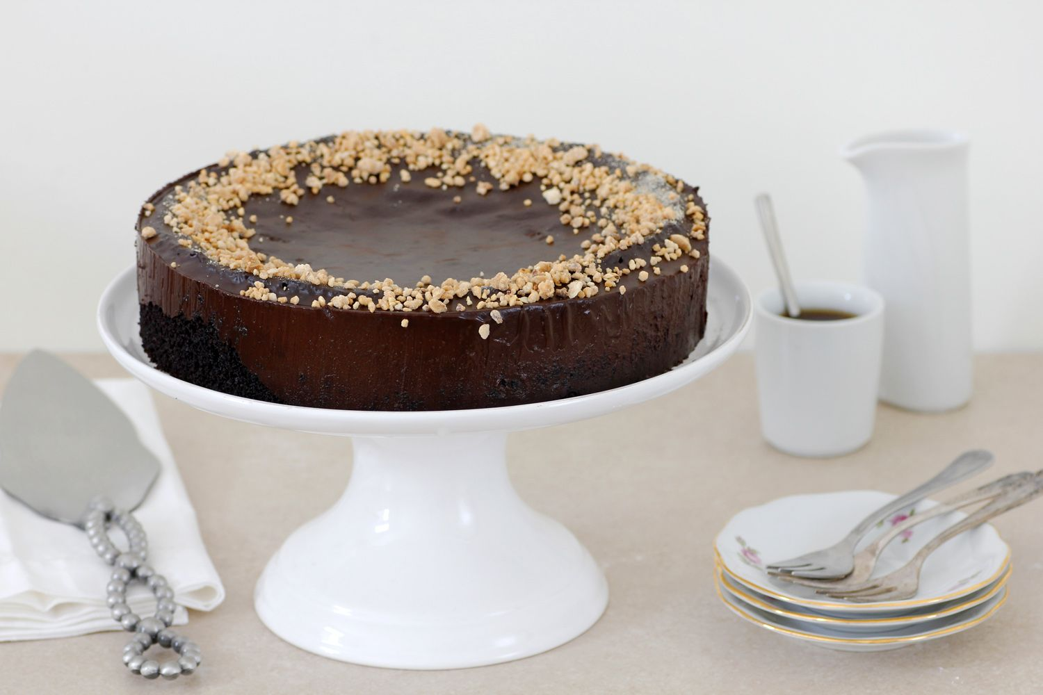 Chocolate, Almond and Olive Oil Cake | lil-cookie