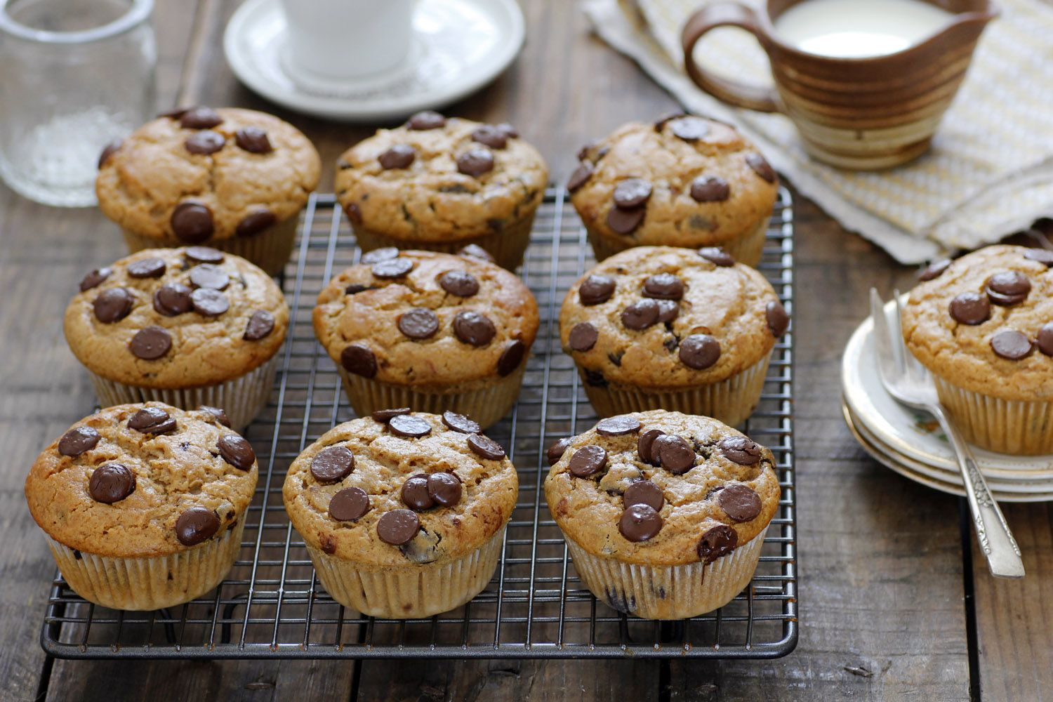Chocolate Chip Muffins with Coffee and Praline