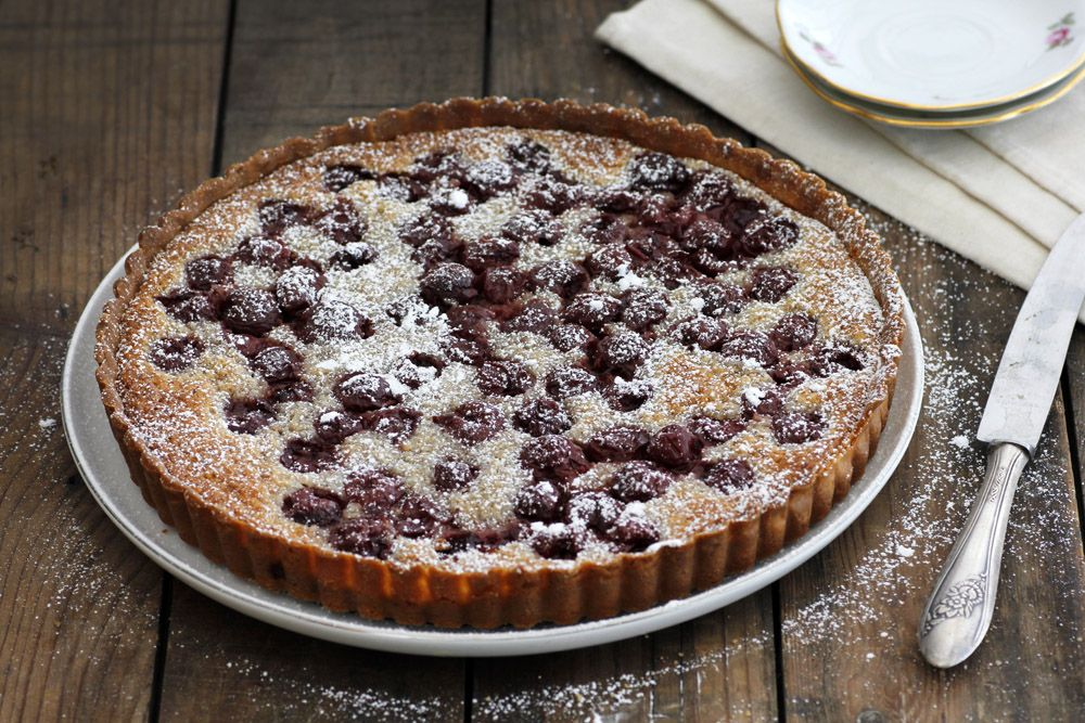Cherry Pie with Almond Cream