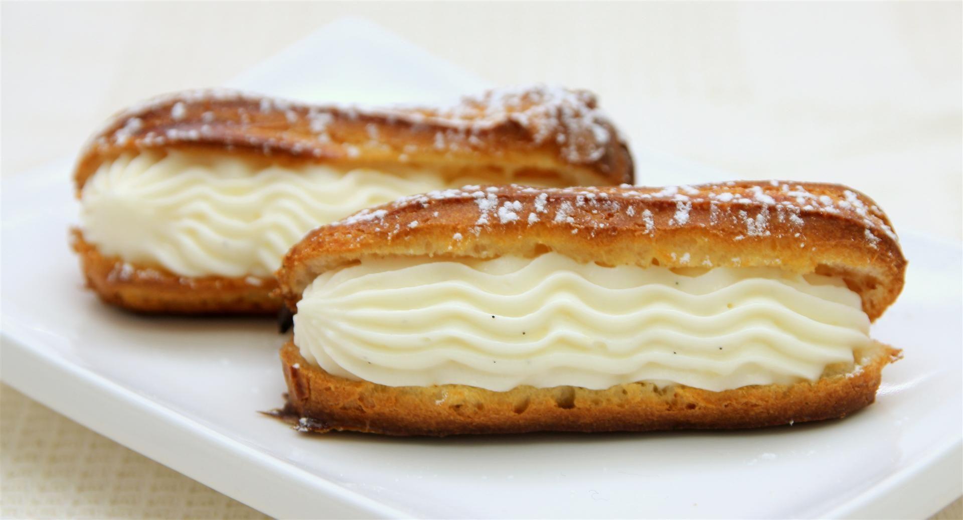 Classic Vanilla Eclair
