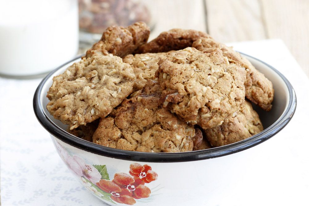 Maple and Pecan Oatmeal Cookies