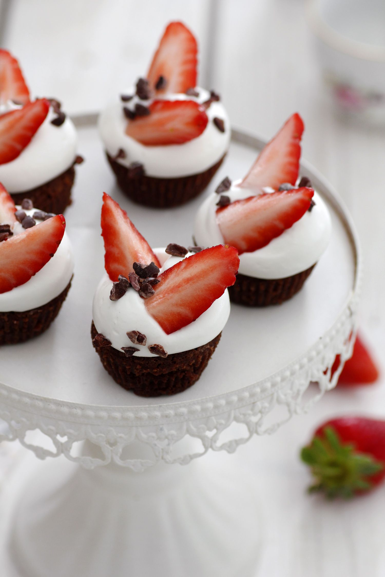 Mini Brownies with Strawberry and Mascarpone