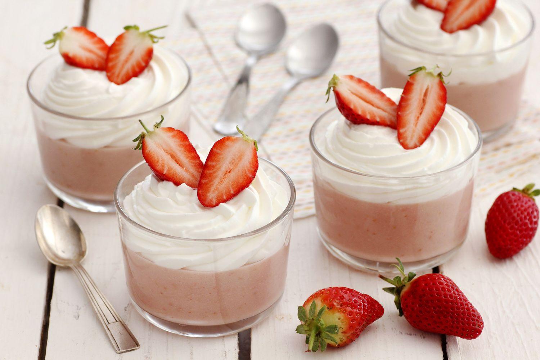 White Chocolate Strawberry Pudding