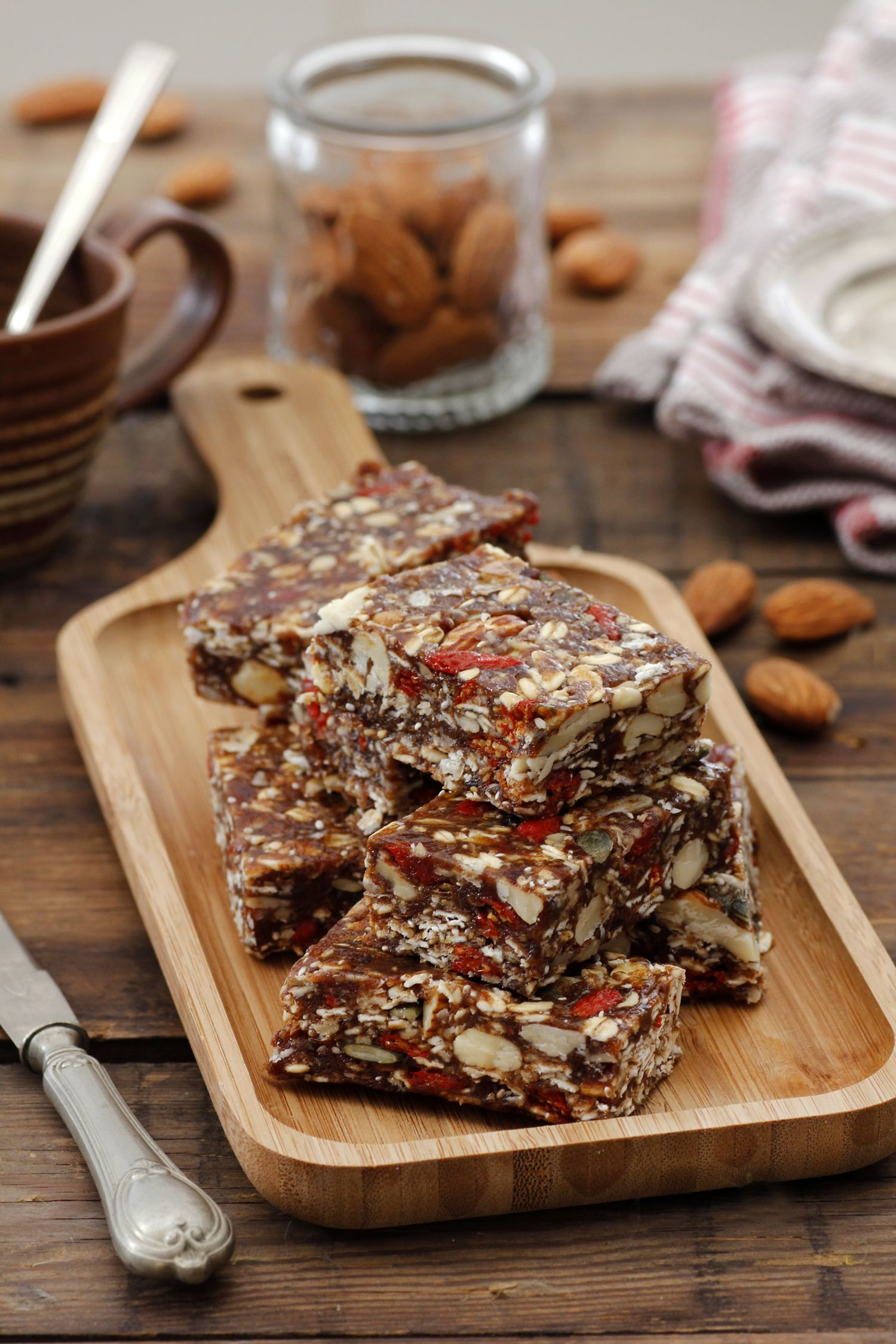 Energy Bars with Dates and Nuts