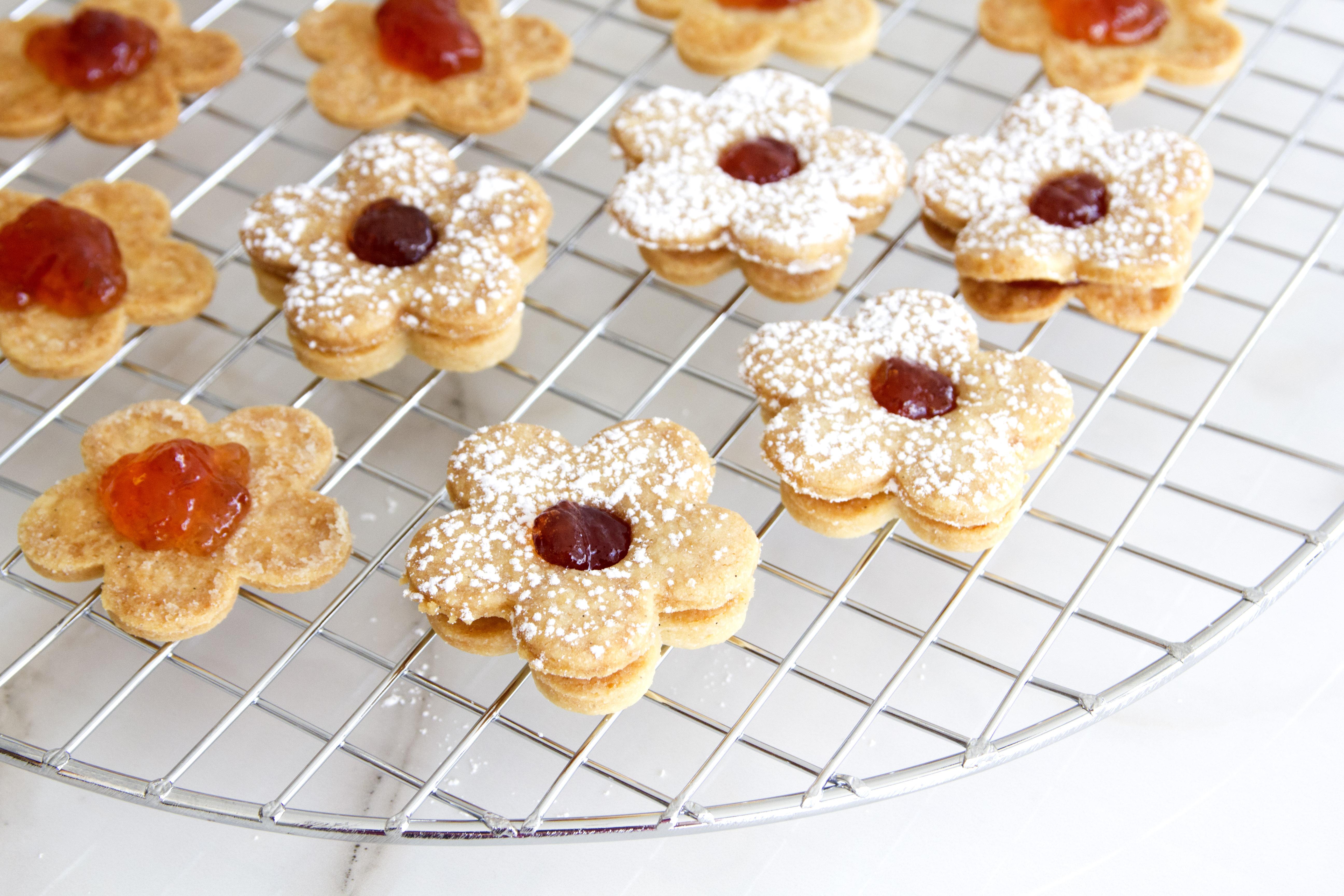 Jam Linzer Cookies