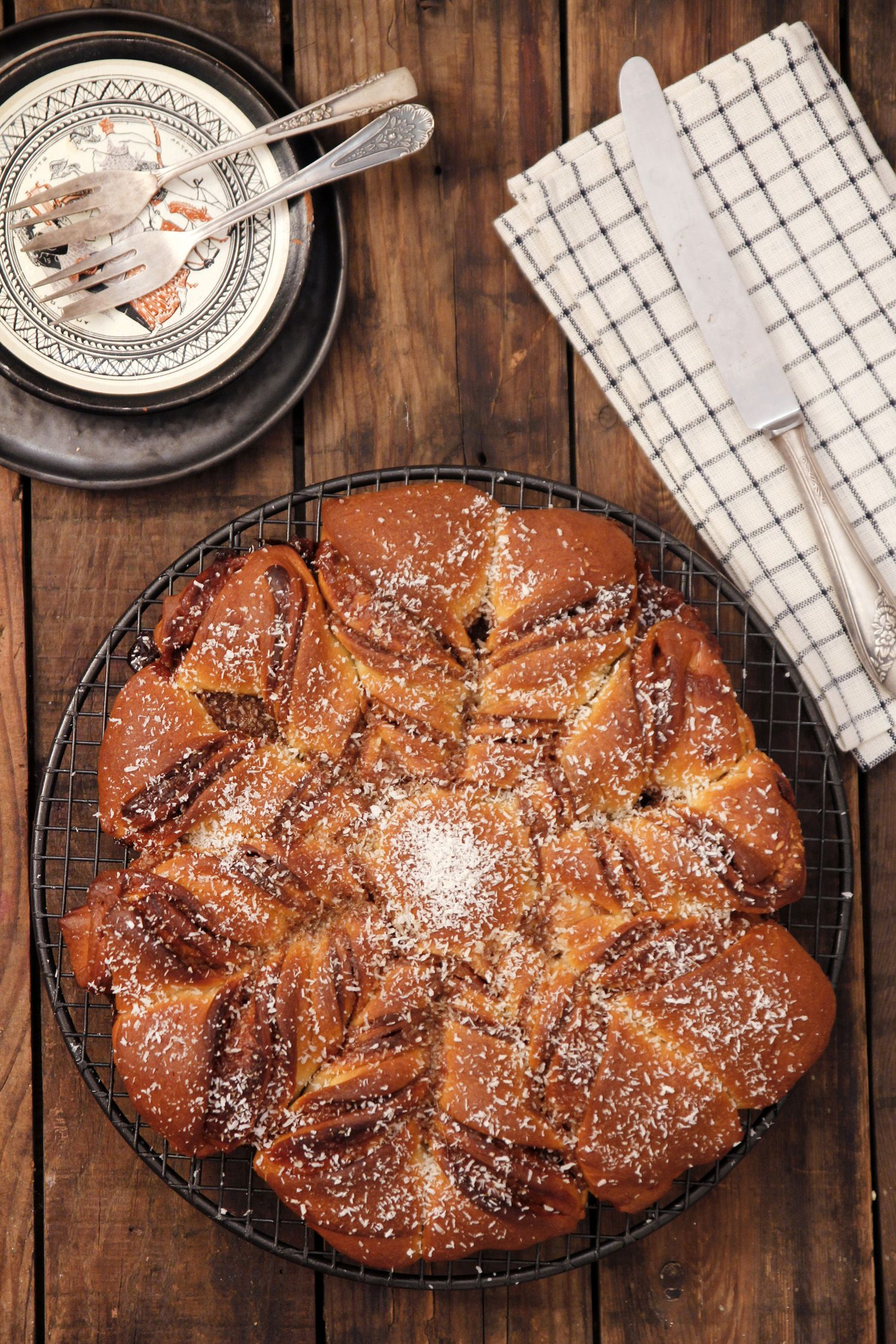 Dulce de Leche and Coconut Star Bread