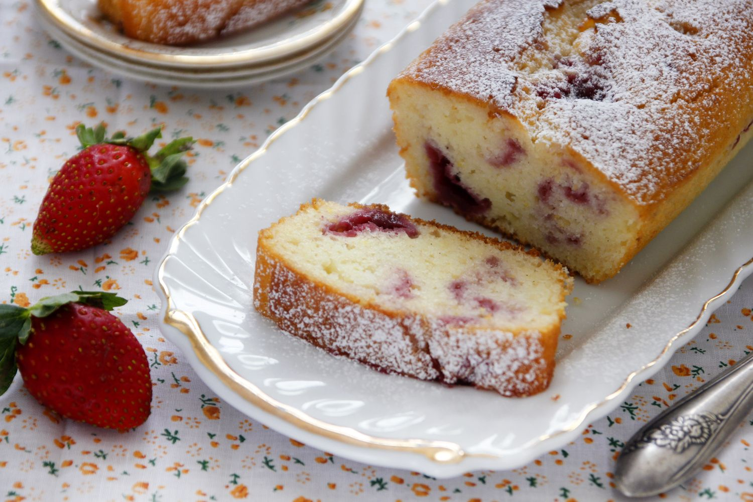 Lemon Cake Marbled with Jam