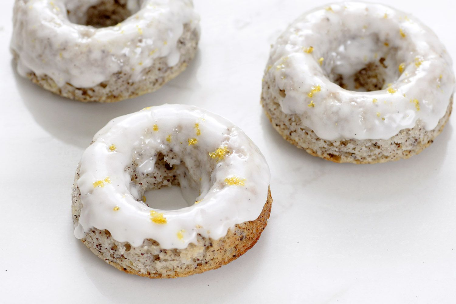 Lemon and Poppy Seeds Baked Donuts